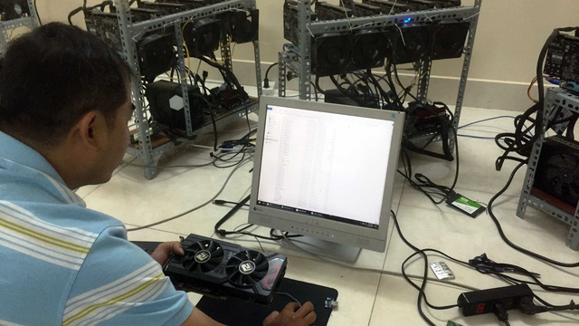 ​Over 7,000 digital coin mining machines imported into Ho Chi Minh City in 2017