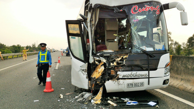 ​Road accidents kill 67 during New Year holiday in Vietnam