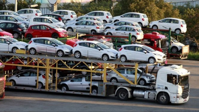 Vietnam spends $2.1bn importing 94,000 cars in 2017