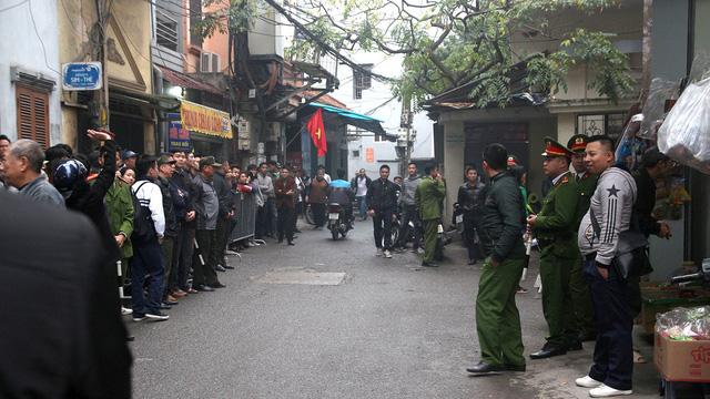 Missing Hanoi district chairman found hanged inside 'secret' house
