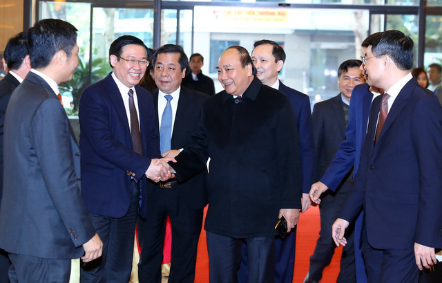 PM urges Vietnam banking sector to prioritize regulating bitcoin