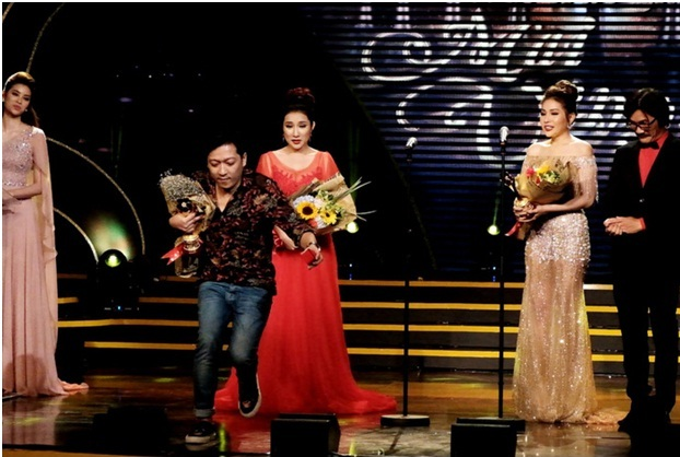 Vietnamese comedian apologizes for unexpected proposal on live TV