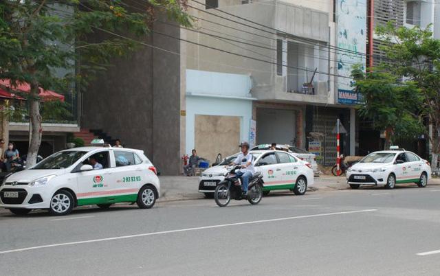 Da Nang cabbie sacked for gouging foreigners