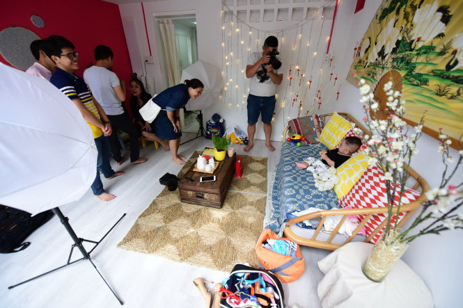 ​Ho Chi Minh City youth all the craze about miniature photo studios