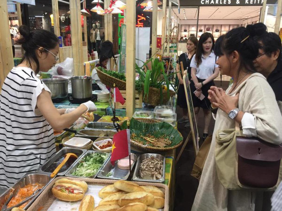 More than pho: An expat's top 5 favorite foods of Saigon