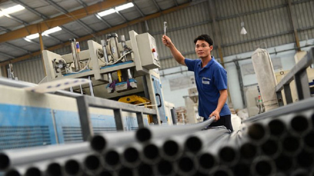 Vietnam gov't to sell near-30% stake at local plastic giant