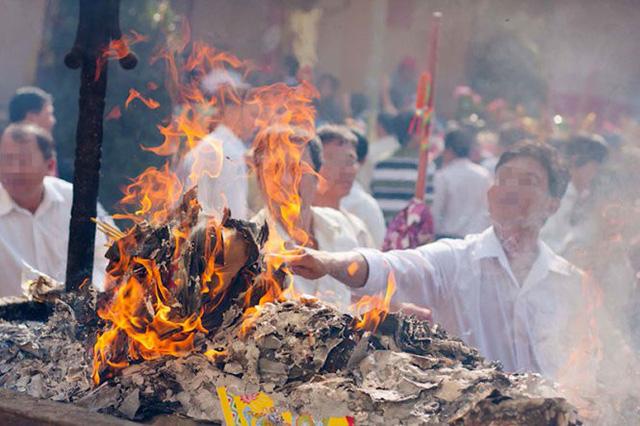 Vietnamese Buddhist Sangha proposes abandoning joss paper burning