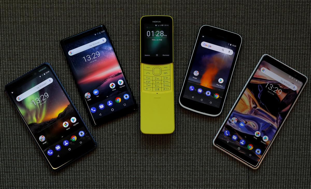 Nokia phones look to the future, and to the past