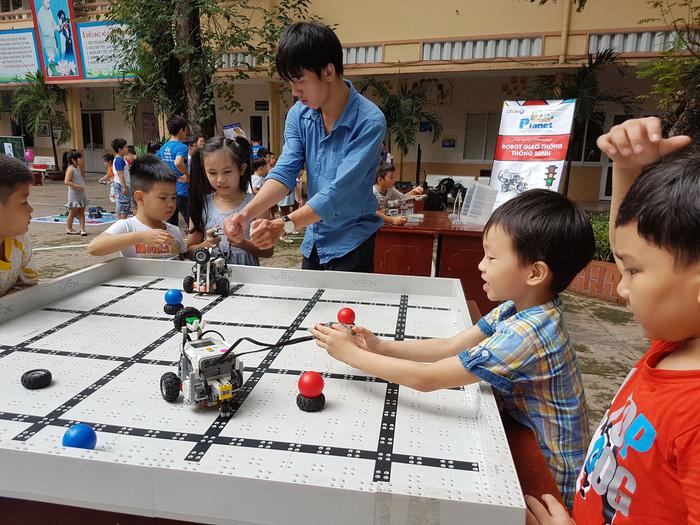 Ho Chi Minh City set to spearhead Vietnam's move toward 'smart schools'