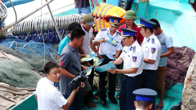 Vietnam resolves to make EU lift 'yellow card' on seafood