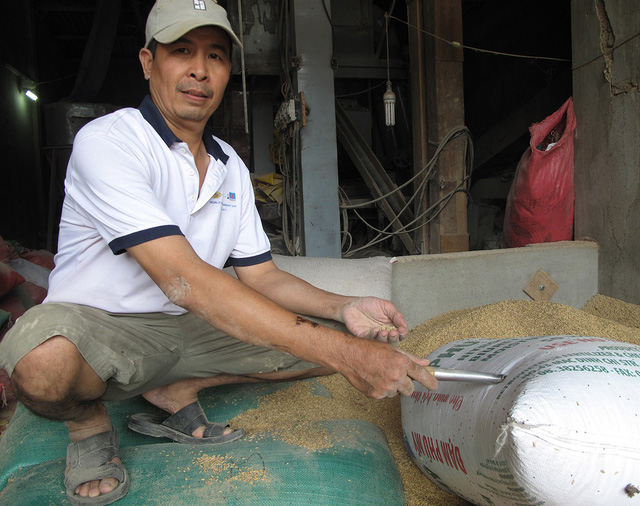 ​Vietnamese man returning lost gold faces many claimants