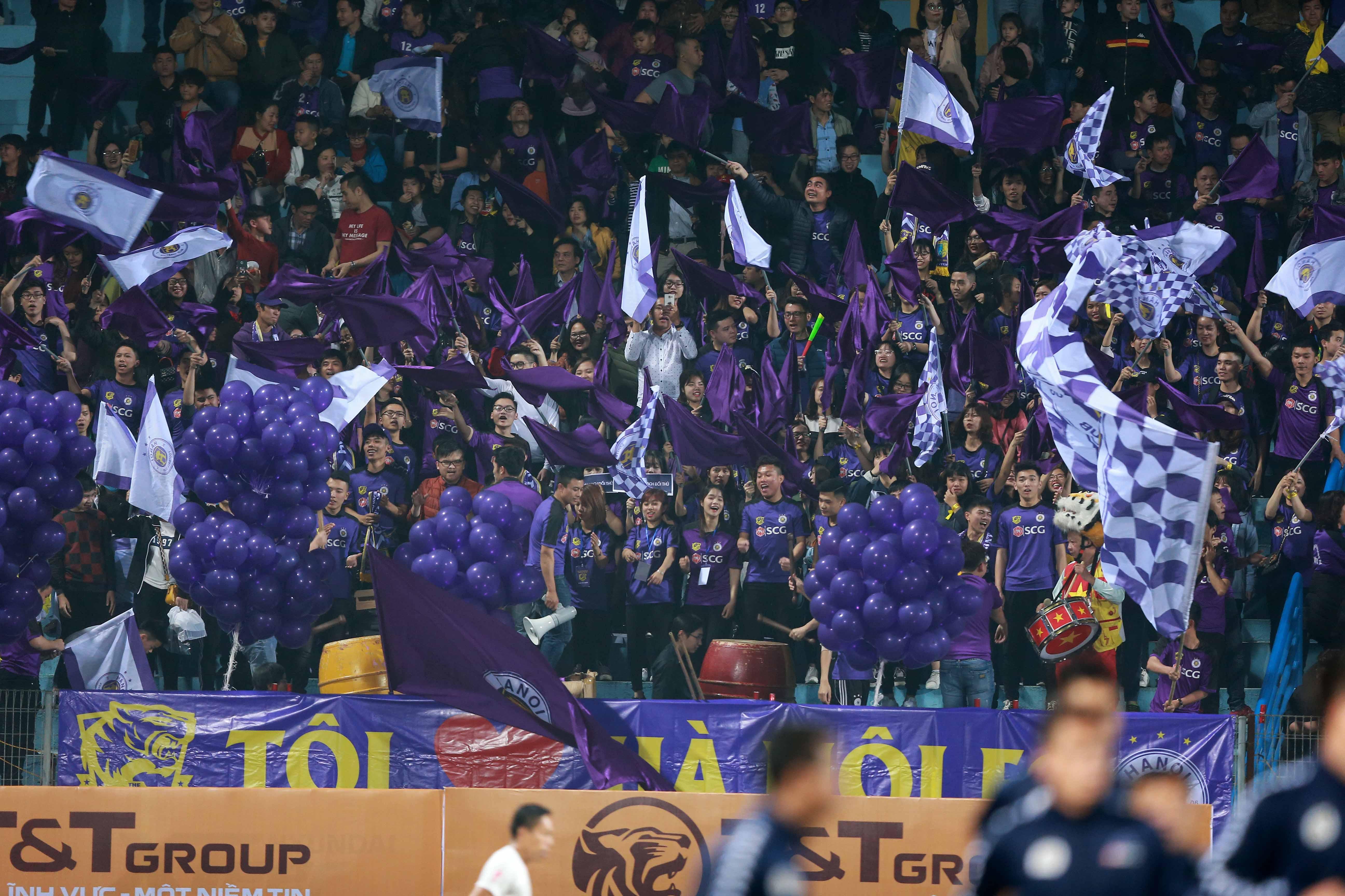 Vietnam's top-tier football league kicks off 2018 season with record audience
