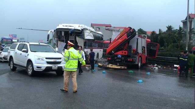 Nine seriously injured as fire truck collides head-on with bus in Vietnam