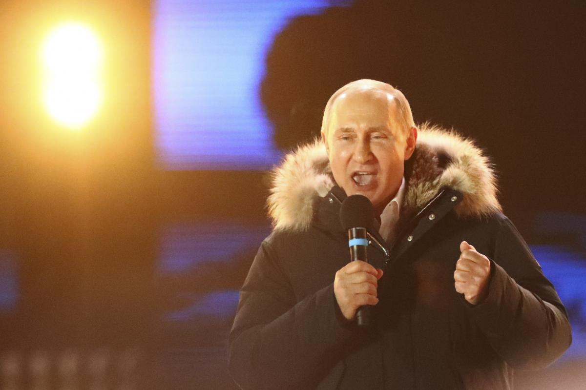 ​Putin wins another six years at Russia's helm in landslide victory