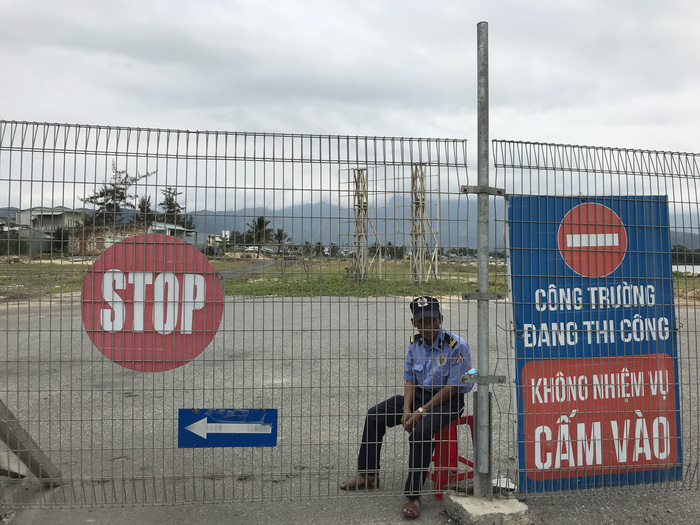 ​Da Nang residents outraged as public beach access blocked by resort construction
