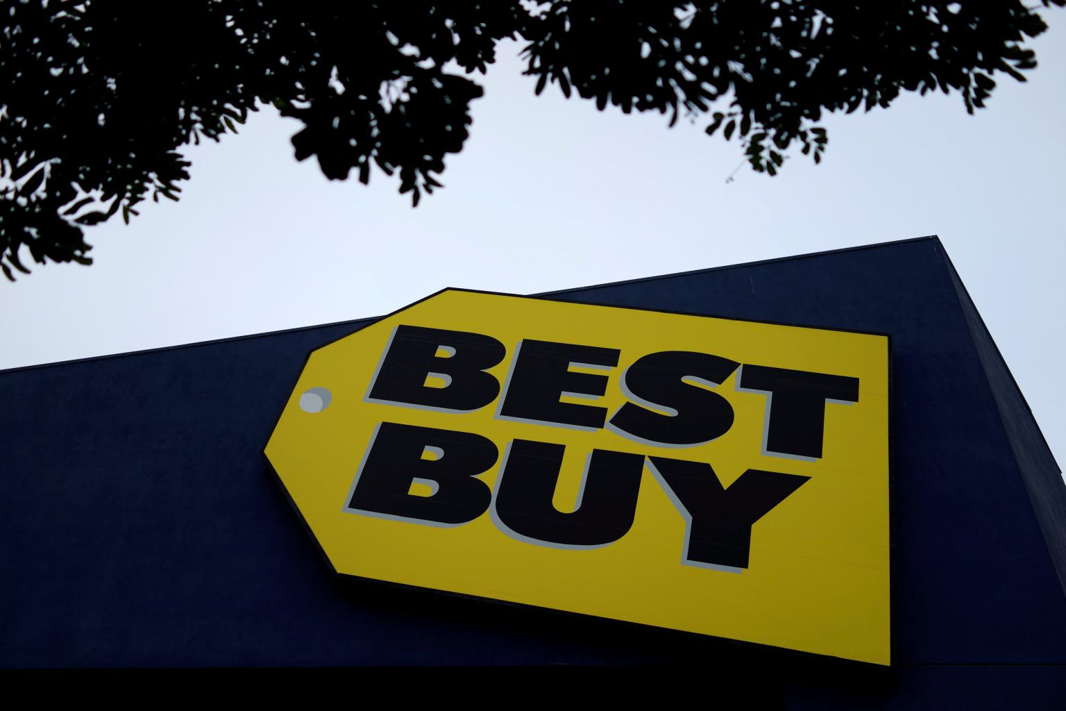 Best Buy ends relationship with China's Huawei