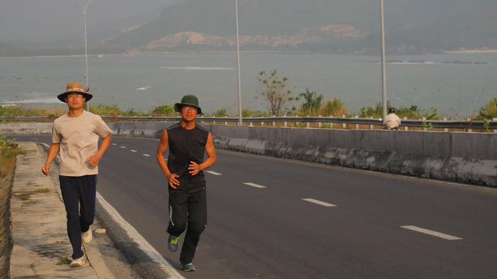 Vietnam man claiming to have run nearly 1,800km in a month addresses doubts