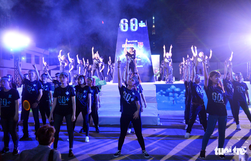 A flashmob kicks off the 2018 Earth Hour in Ho Chi Minh City.