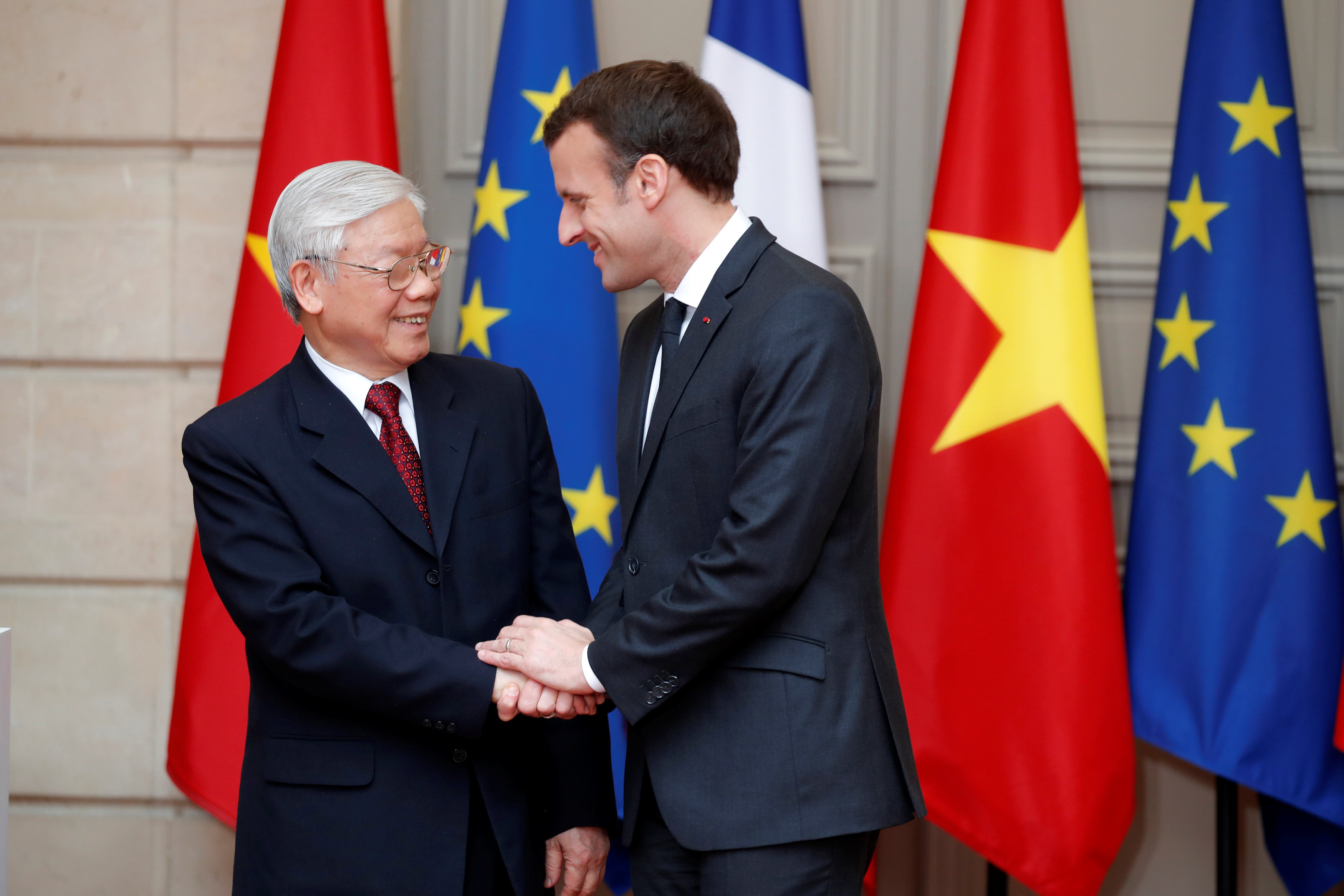 Vietnamese Party chief holds talks with French President