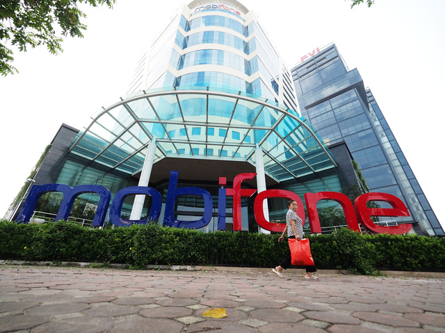 Vietnam's Mobifone, partner scrap state-inspected $392mn acquisition deal
