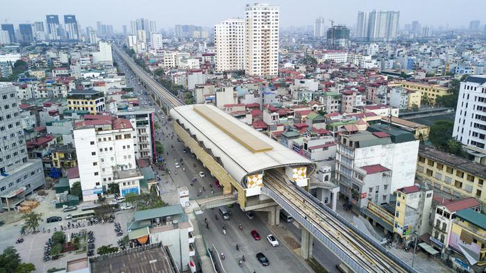 Experts demand gov't inspection into notorious Hanoi urban rail line