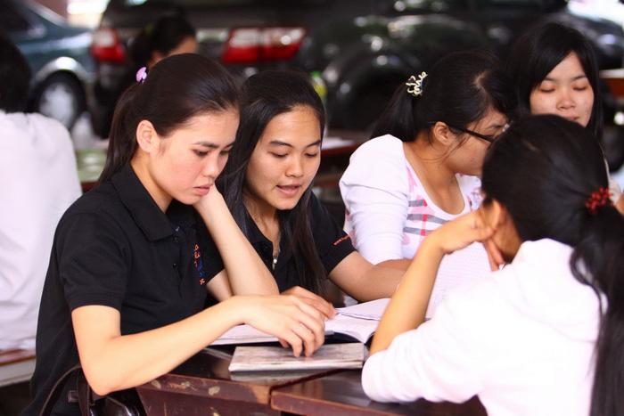 Vietnamese university requires students to undergo health check before graduation