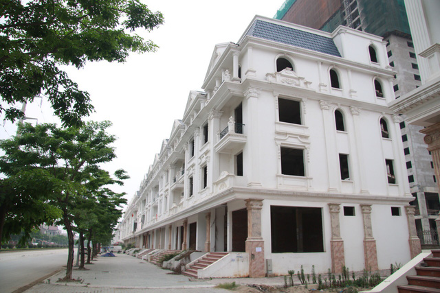 Vietnam's finance ministry proposes tax on personal real estate, cars