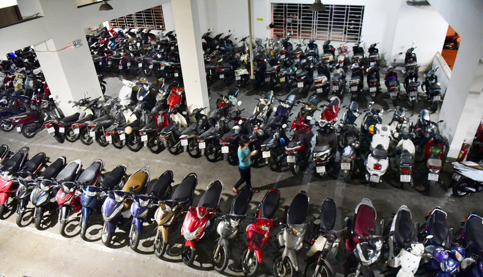 Parking lots should be separate from apartment buildings: Ho Chi Minh City realty association
