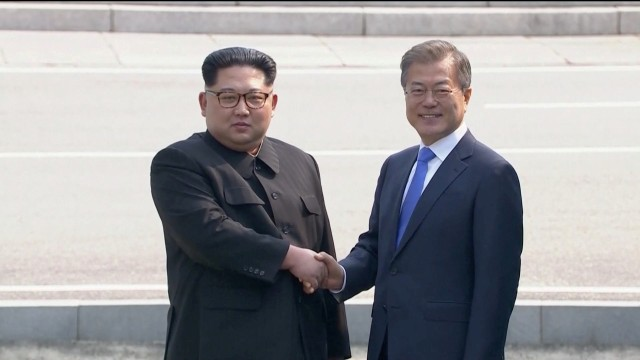 'A new history starts now'as leaders of twoKoreas begin summit