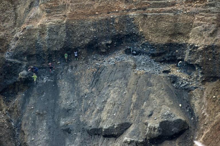 17 dead in Myanmar jade mine landslide