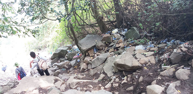 Garbage covers southern Vietnam's highest mountain