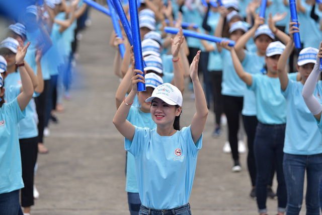 Students are pictured during their dance performance in Da Nang, central Vietnam, on May 27, 2018. Photo: Tuoi Tre