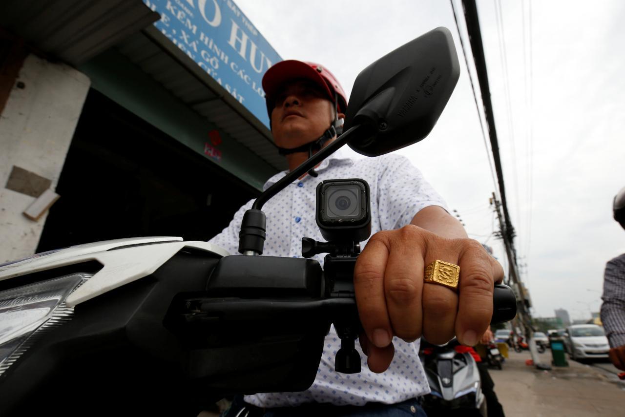 Knight riders to the rescue: Vietnam vigilantes bust crooks