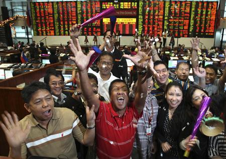 SE Asia Stocks-Vietnam rises over 2 pct, Malaysia extends gains