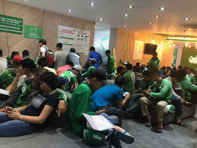 Grab hit by complaints after dominating ride-hailing industry in Vietnam