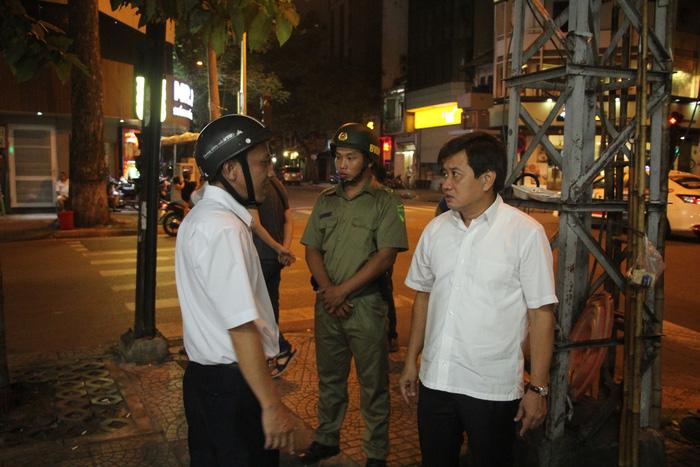 Saigon's 'Captain Sidewalk' resumes campaign after eight-month hiatus