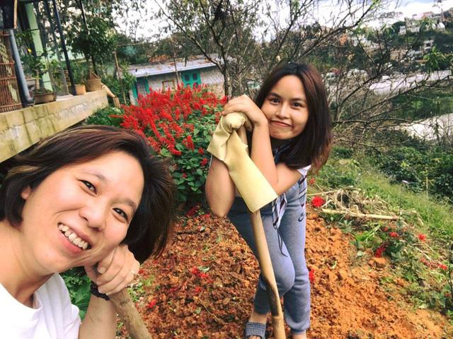 Vietnamese woman shuns urban bustle, leads rustic life