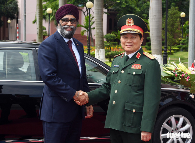 Canada willing to give Vietnam military training: defense minister