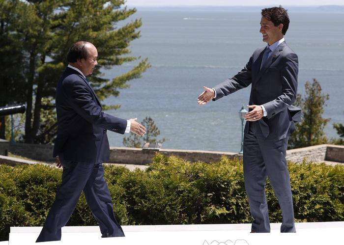 Vietnamese premier talks marine conservation at G7 Outreach Summit in Canada