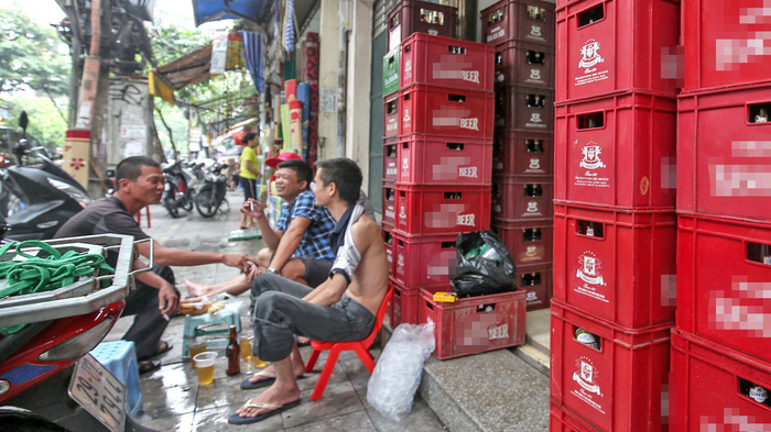 ​Why do Vietnamese drink so much?