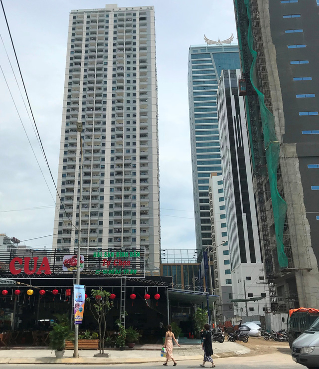 Da Nang authorities to pull down 104 illegal apartments in high-rise project