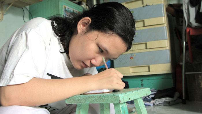 ​Visually impaired Vietnamese student tops class for 11 straight years