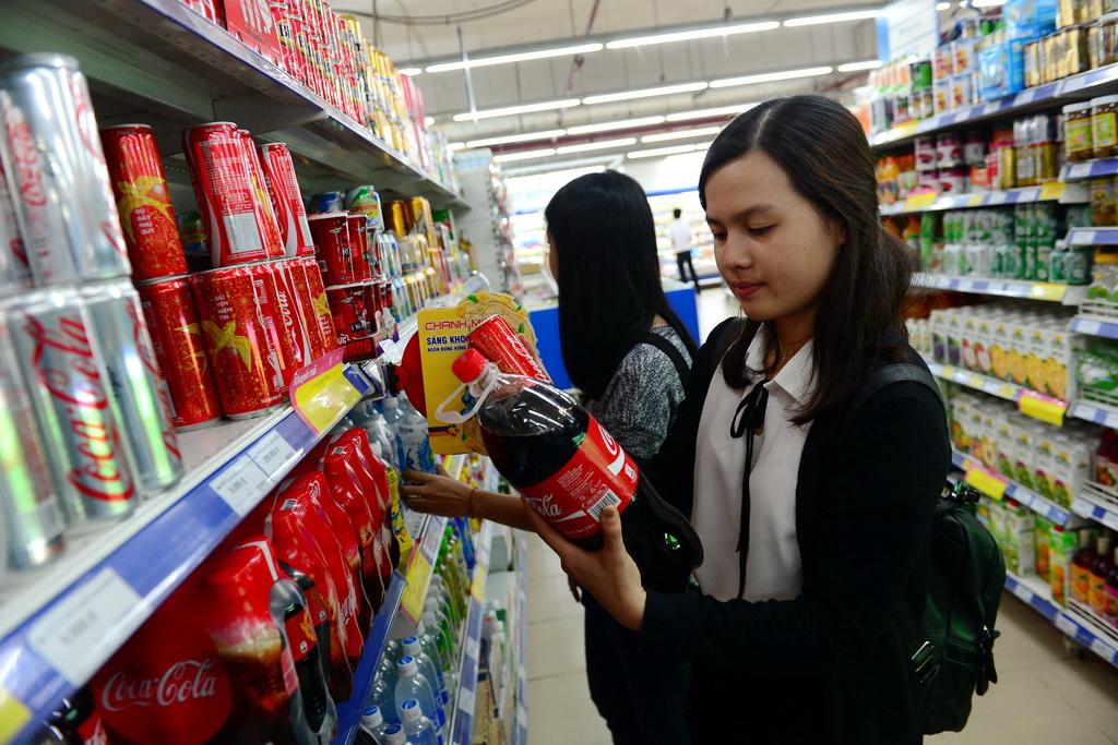 Vietnamese drink 5 billion liters of sugar-based beverages a year