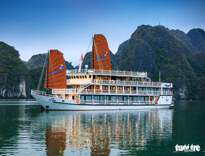 Northern Vietnamese city tightens control of local cruise ships
