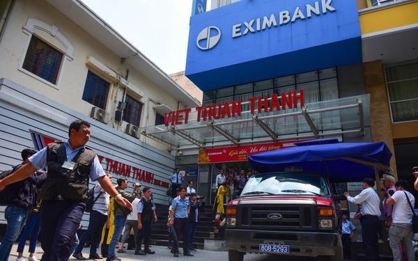 Vietnam's Eximbank pays advance of $4mn to victim in high-profile savings theft