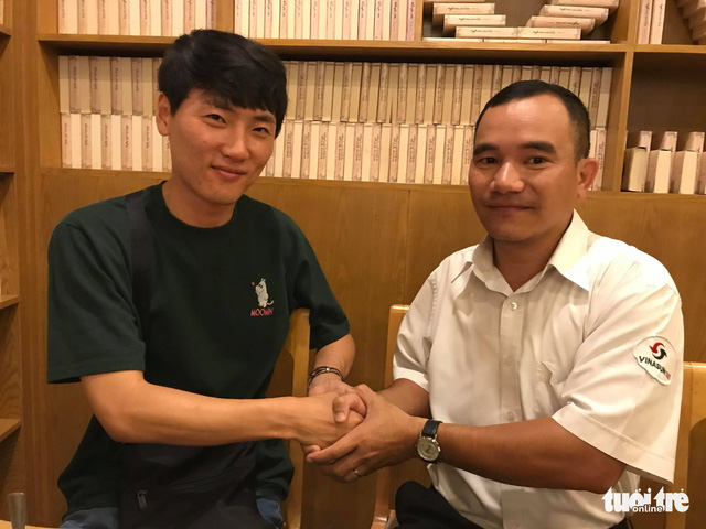 ​Taxi driver in Ho Chi Minh City returns lost wallet to S. Korean policeman