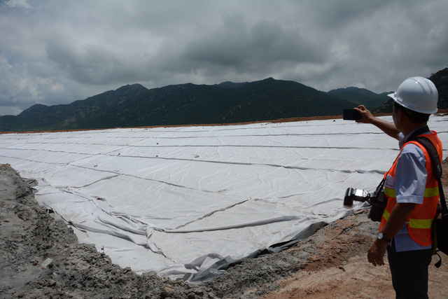 The field storing bottom ash is seen at the Vinh Tan 2 Thermal Power Station in Binh Thuan Province, Vietnam. Photo: Tuoi Tre
