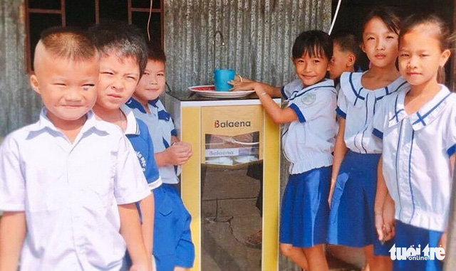 ​Vietnamese college designs gratis simple water filters for rural schoolchildren