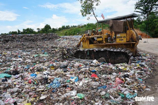 Vietnamese city sends garbage on 40km journey as local dump overflows