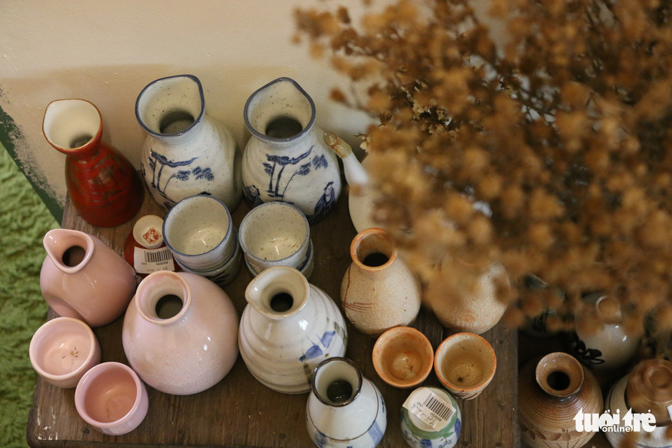 Japanese-style pottery sold at
